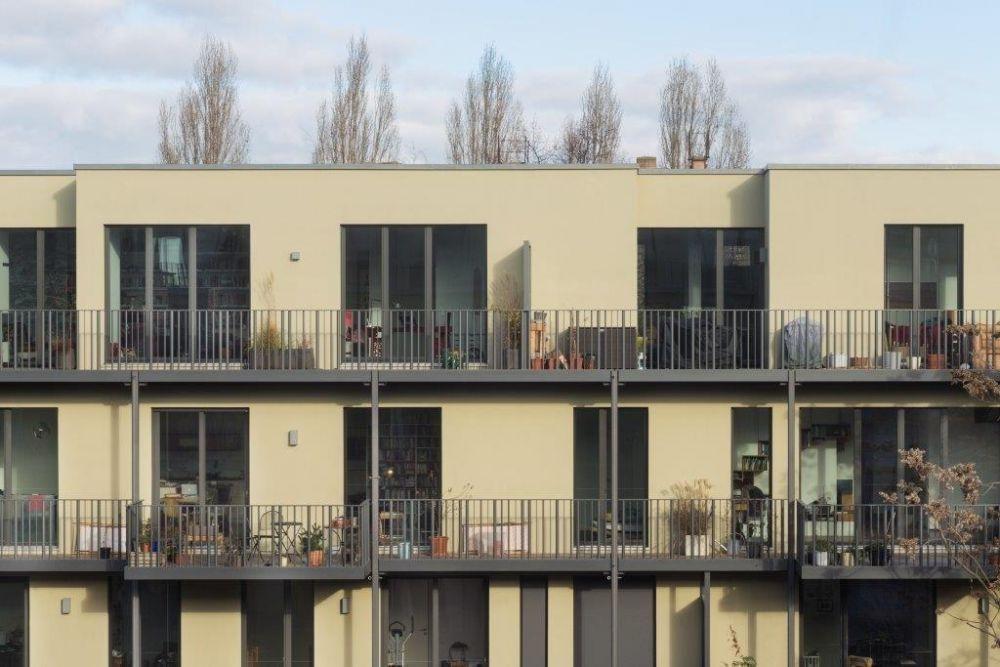 Facciata degli appartamenti Fahrradloft a Berlino, foto Werner Huthmacher